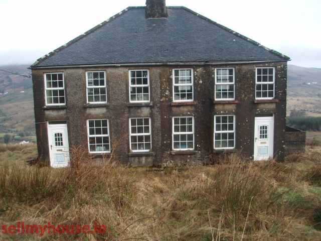 Arigna Farmhouse for sale