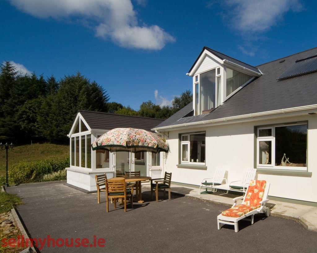 County Cork Coastal Property For Sale