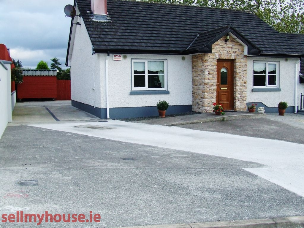 Ballinamuck Semi Detached House for sale