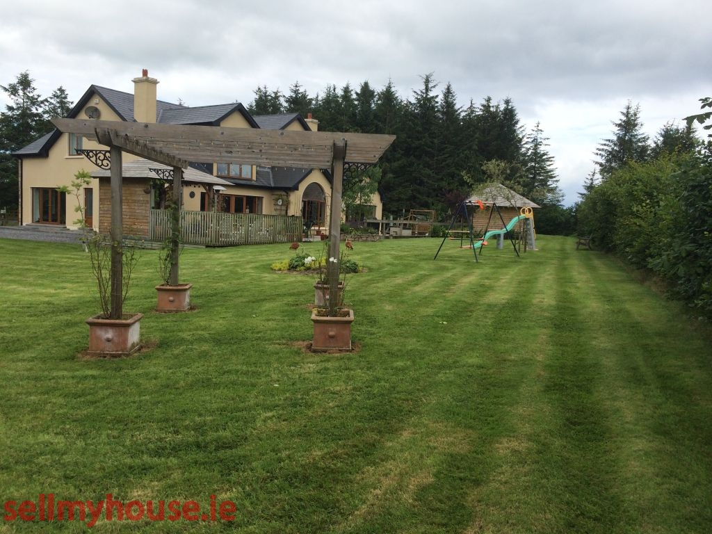 Boyle Country House for sale