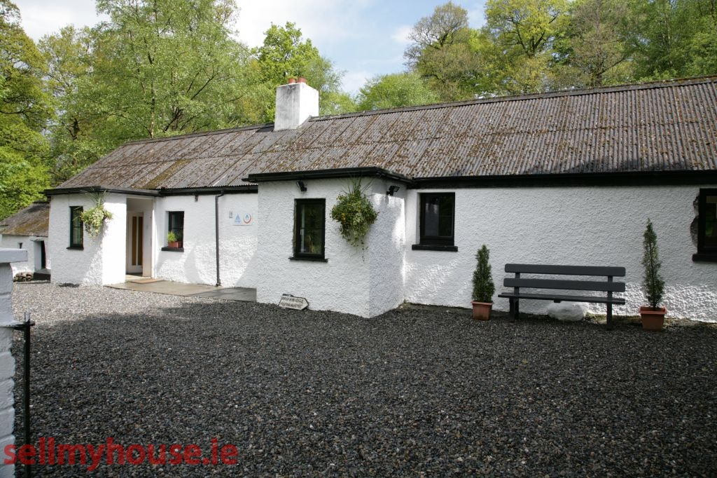 Donard Bed and Breakfast for sale