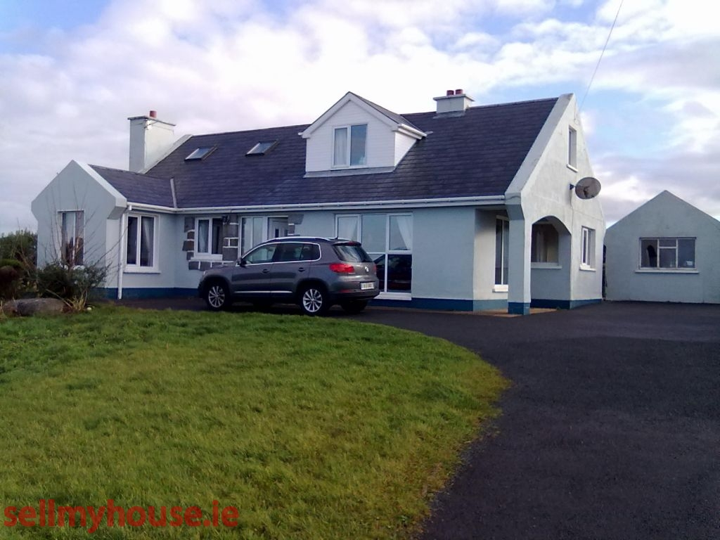 Derrybeg Detached House for sale