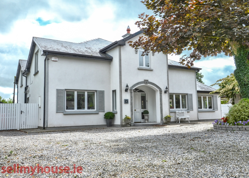 Thurles Detached House for sale