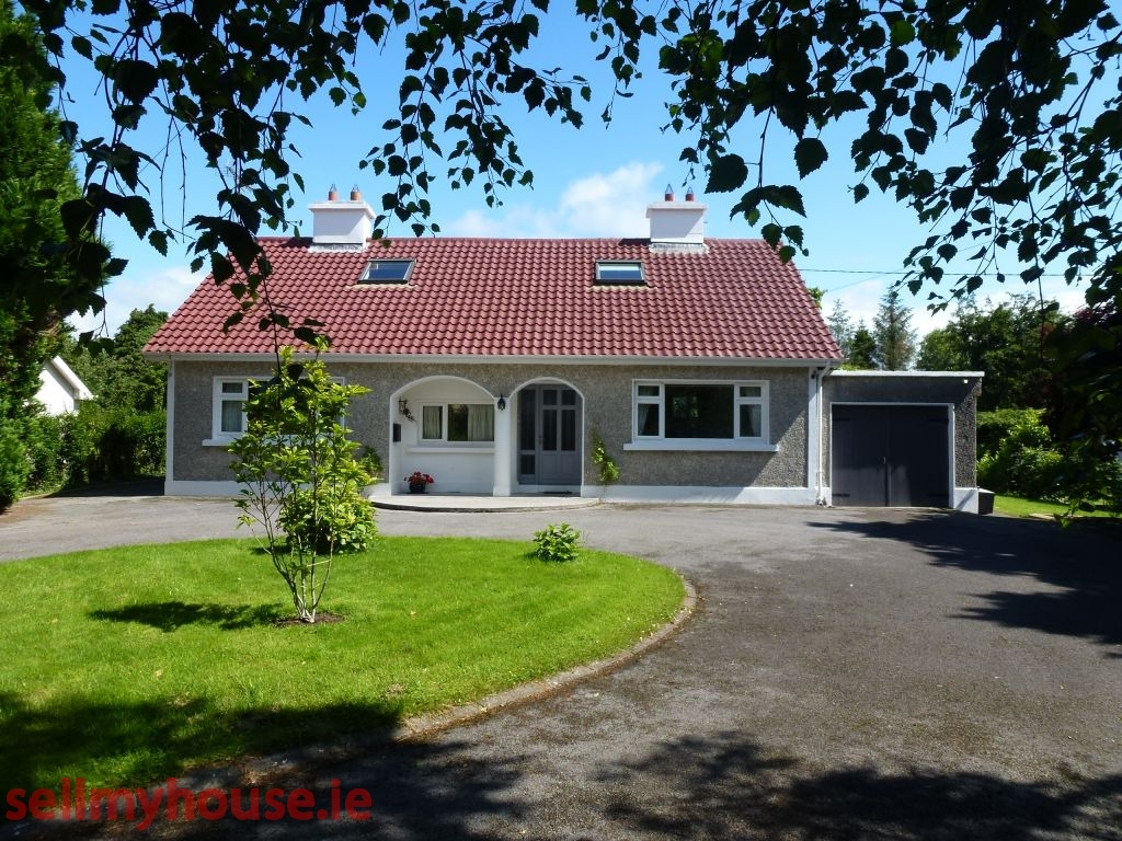 Portumna Detached House for sale