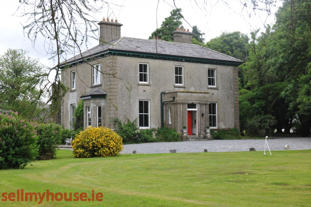 Rathowen Period Property for sale