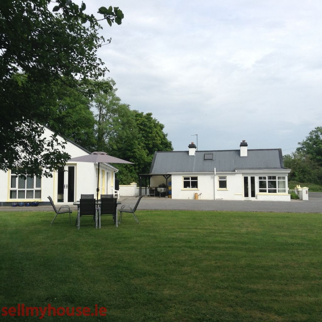 Strokestown Cottage for sale