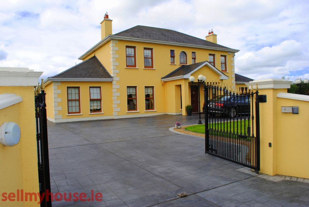 Longford Town Bed and Breakfast for sale