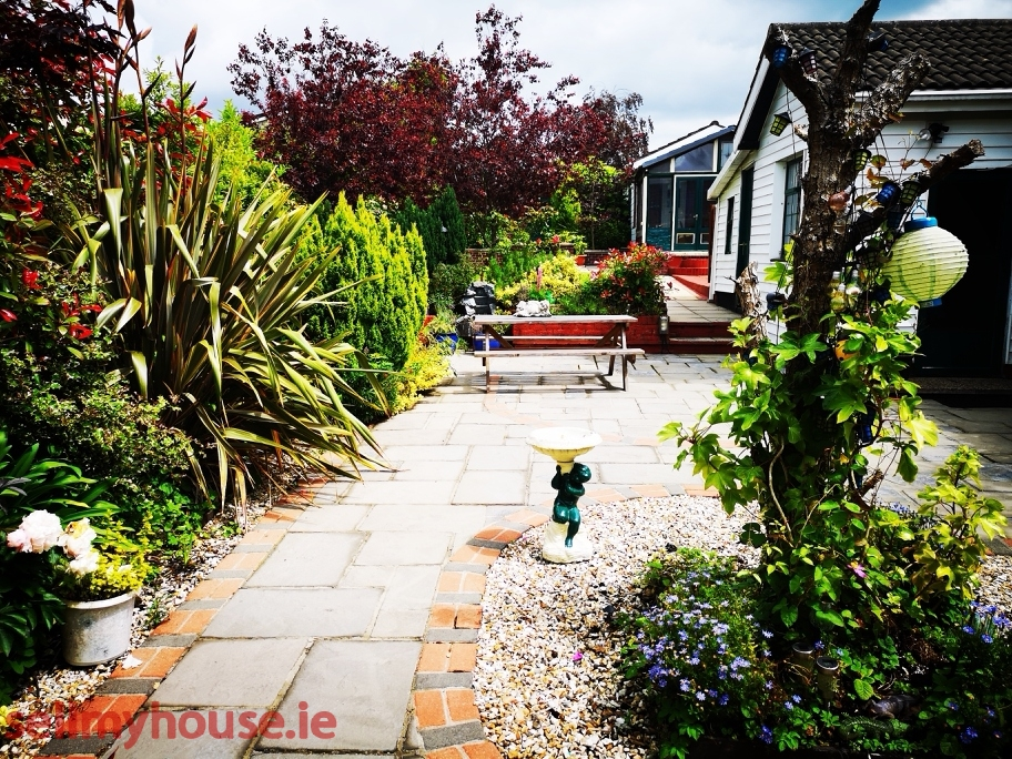 Shannon Detached House for sale