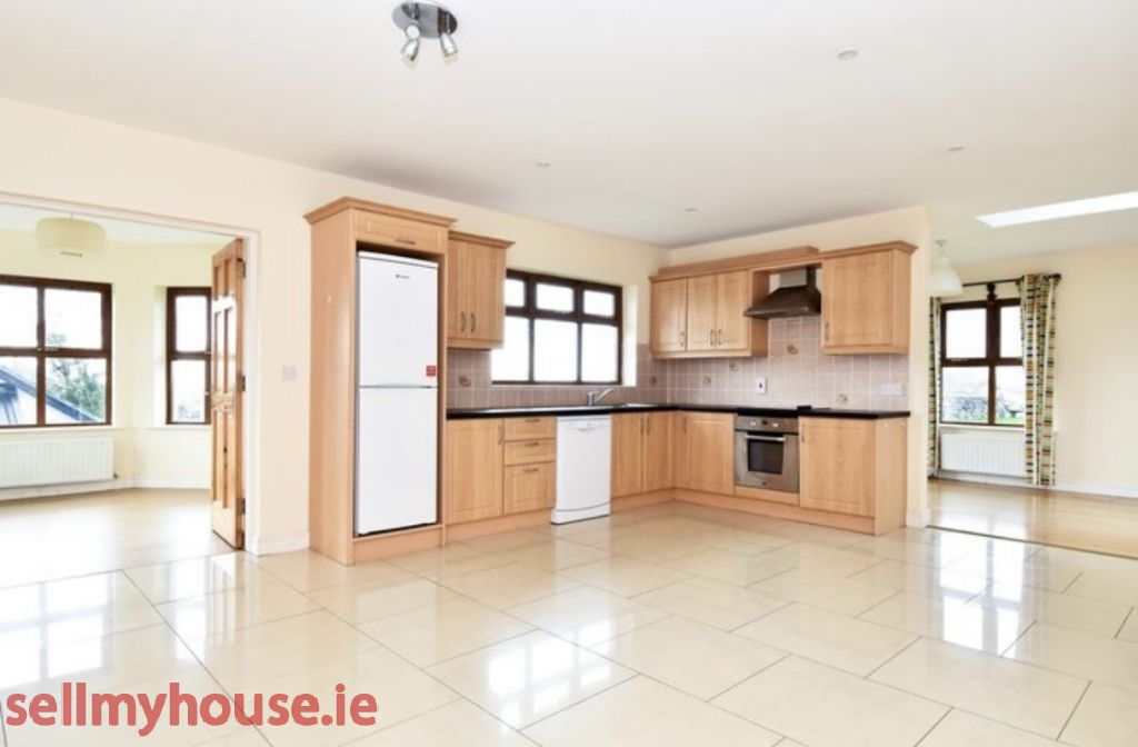 Furbo Detached House for sale