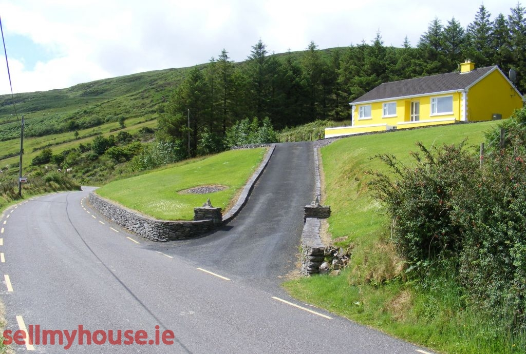 Caherciveen Cottage for sale