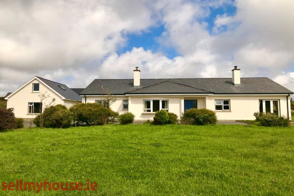 Clifden Country House for sale