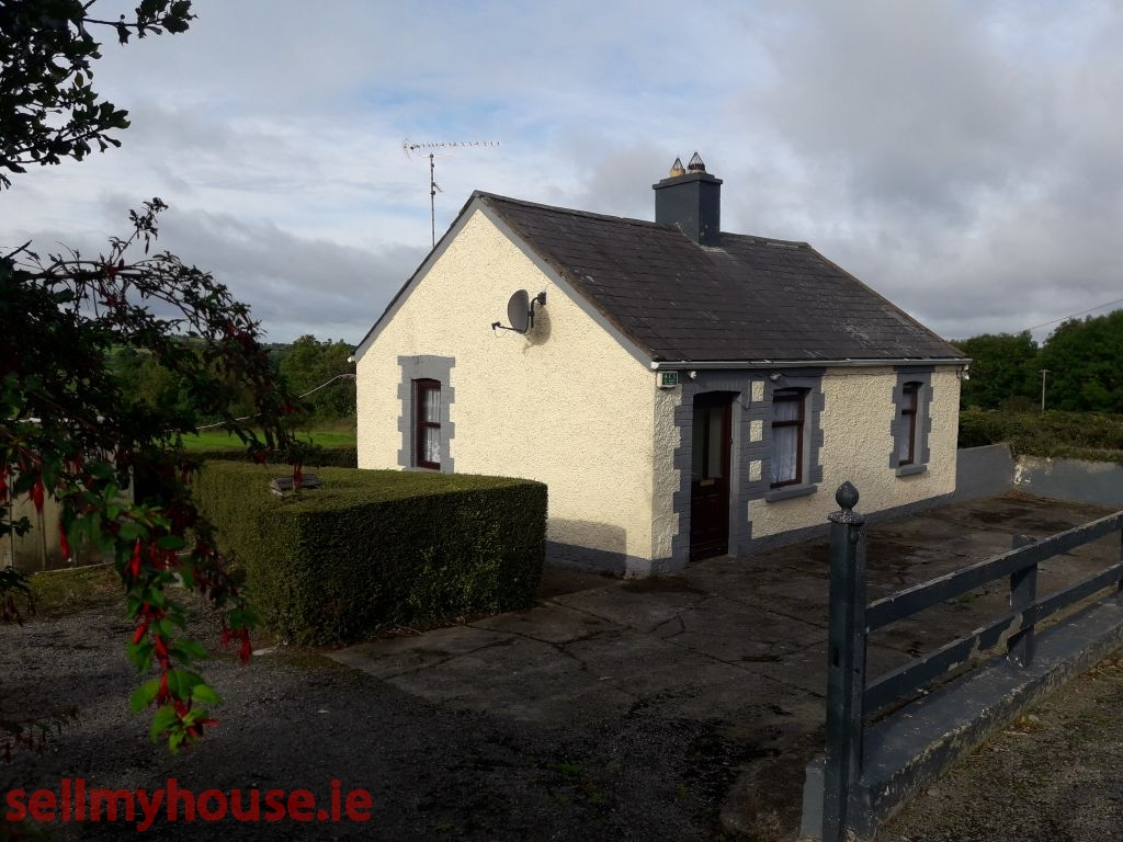 Moynalty Cottage for sale