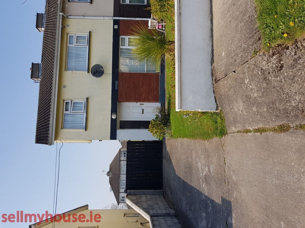 Athlone Detached House for sale
